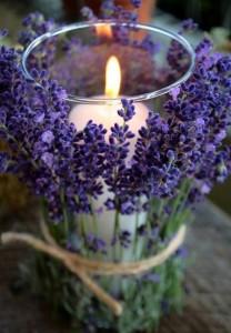 свеча с лавандой
