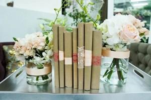 книги на свадьбе