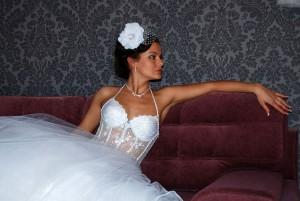 свадебное платье с прозрачным корсетом