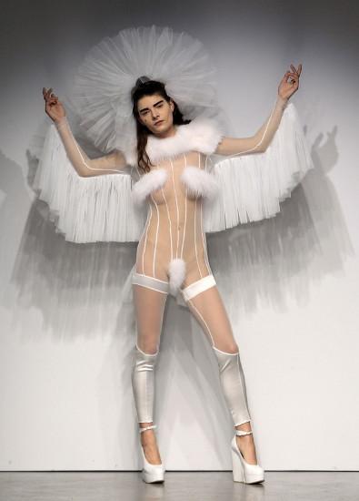 Сексуальные просвечивающиеся платья фото 494-216