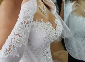 блестящее платье невесты